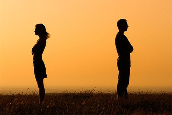 Cho nhau một không gian riêng để cả hai cùng suy nghĩ lại về sự việc và hành động của mình
