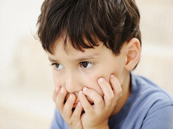 Cần làm gì khi nhận ra con bạn chậm phát triển trí tuệ so với lứa tuổi?