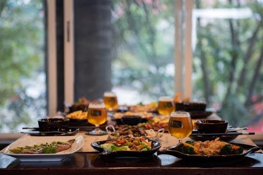 Khám phá menu với hàng ngàn món ngon tại bia Sành Điều