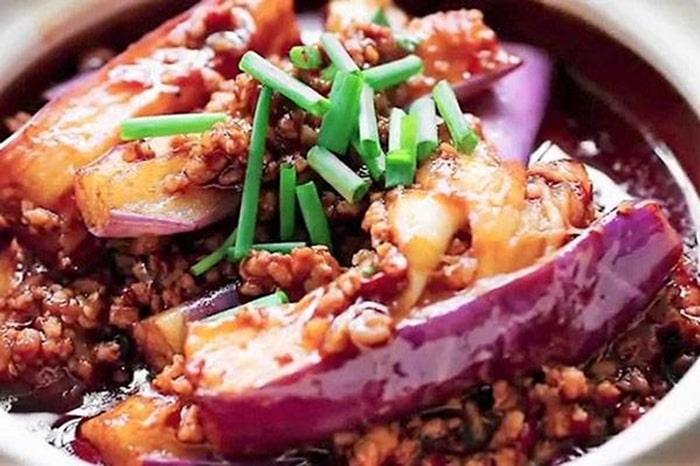 Món cà tím sốt thịt băm cực kỳ đưa cơm