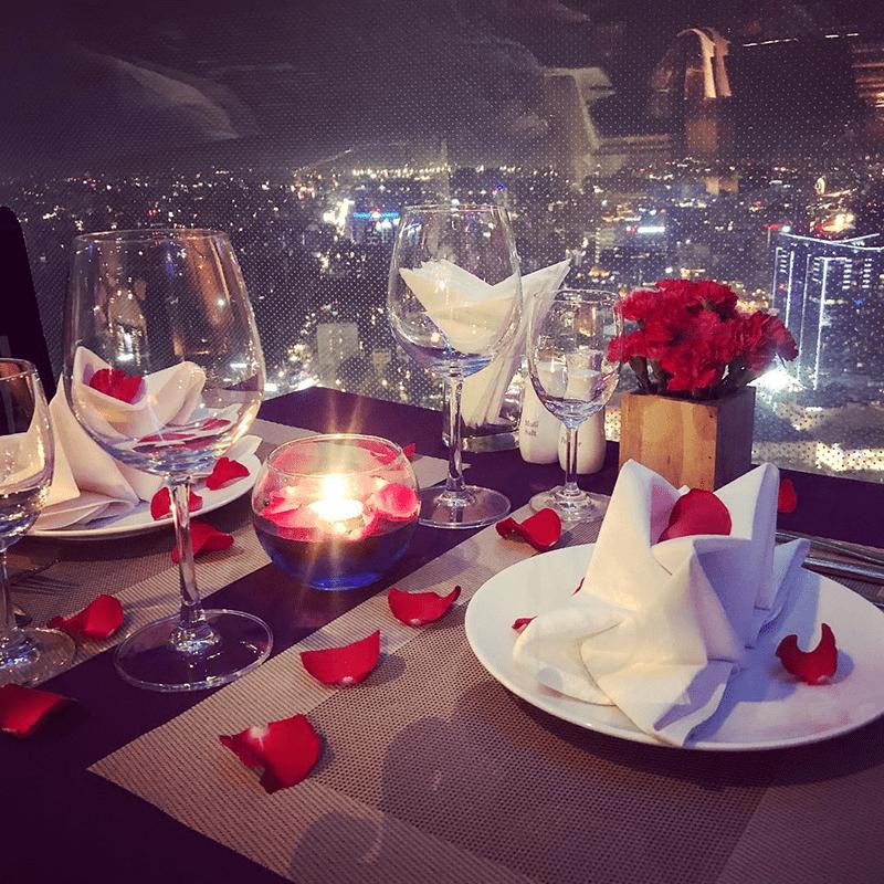 Một bữa ăn lãng mạn sẽ làm đối phương rung rinh